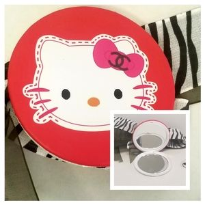 💟New Hello Kitty Compact Mirror